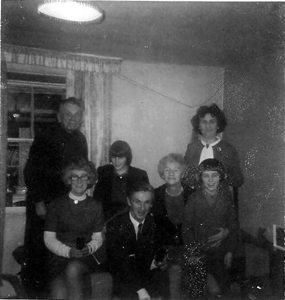 Family gathering at 'Seaview', near Barbraville
