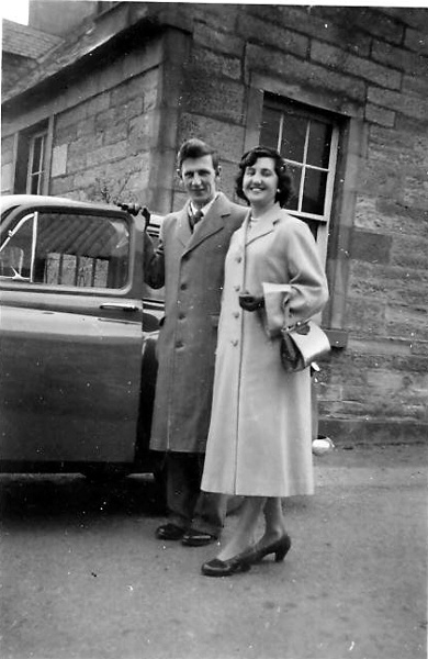 Gordon and Dorothy Andrews at Ness Cottage