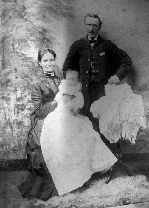 Great aunt Georgina Munro and her husband Peter Munro
