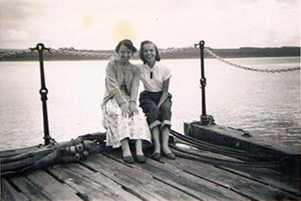 Jean Macrae and Margaret O'Neill