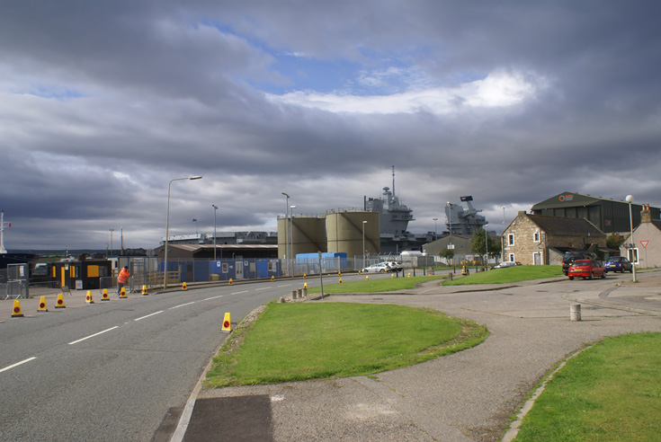 HMS Queen Elizabeth back in Invergordon