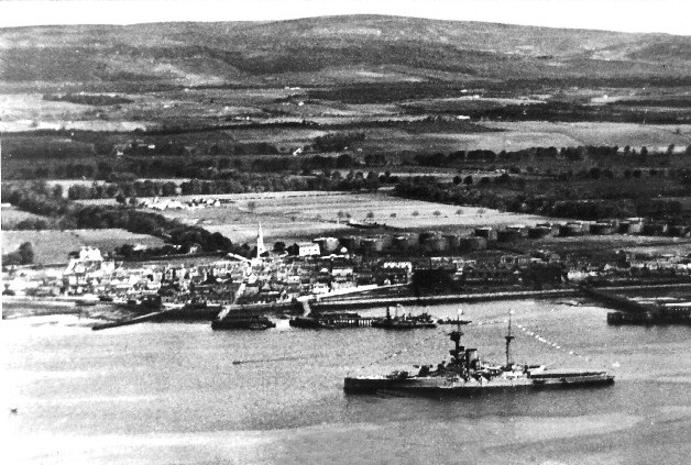 An early aerial view of Invergordon