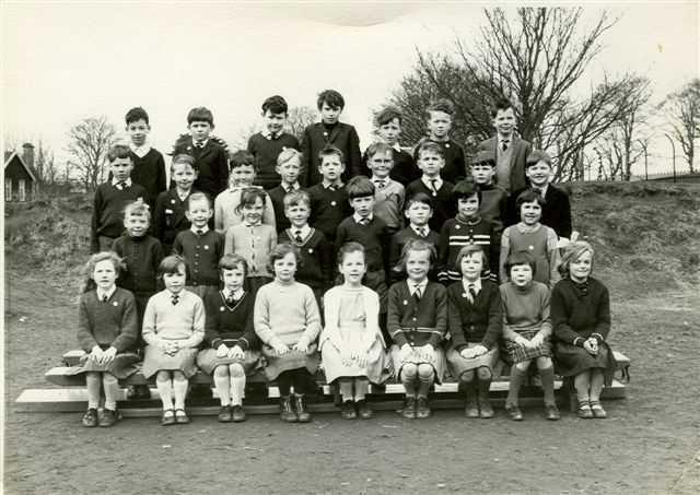 Invergordon Academy Primary 1 1962/3