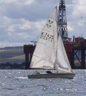 Dinghy sailing in the Firth